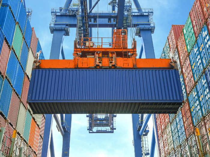 Transporte de contenedores
