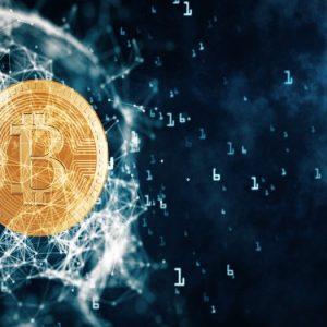 Bitcoin cotiza por encima 8200 dólares